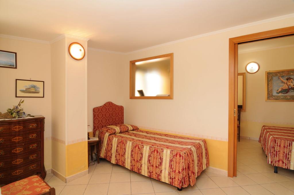 Quadruple rooms